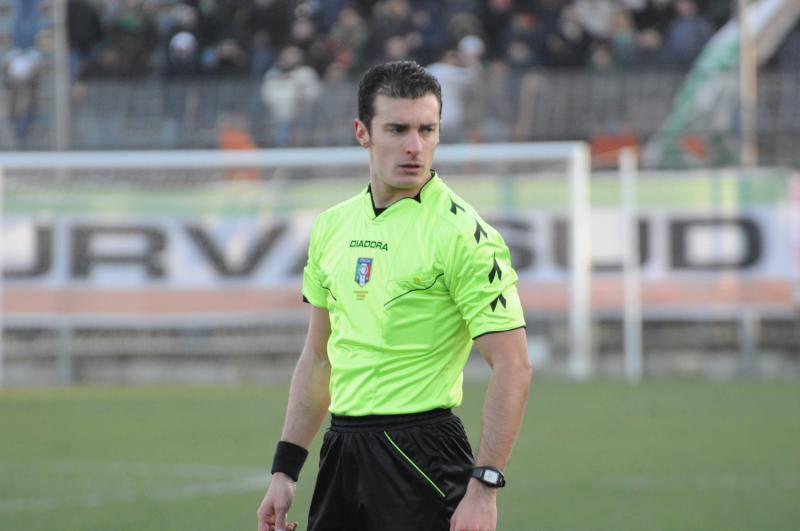 Luca Colosimo muore in un incidente. Un minuto di silenzio su tutti i campi
